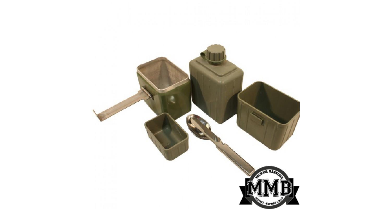 2e2c00f40b82 Jugoszláv kulacs és csajka szett kanálgéppel Van hozzá egy kis táska ...